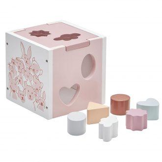 Caja para encajar piezas de madera.