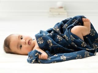 Gasas de bebé, Aden Anais